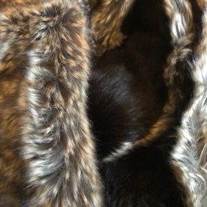 Jackets & Blazers - NEW faux fur Infinity scarf / collar
